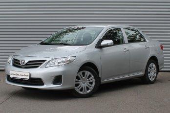 Toyota Corolla 1.4 л (97 л. с.)