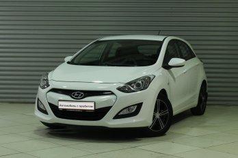 Hyundai i30 1.6 л (126 л. с.)