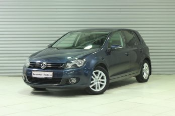 Volkswagen Golf 1.6 л (102 л. с.)