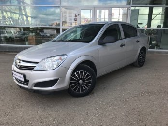 Opel Astra Седан 1.6 л (116 л. с.)