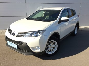 Toyota RAV 4 2.0 л (146 л. с.)