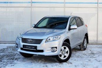 Toyota RAV 4 2.0 л (148 л. с.)