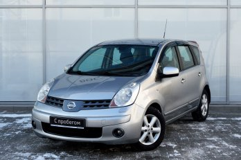 Nissan Note 1.6 л (110 л. с.)