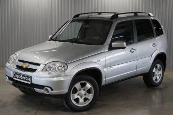 Chevrolet Niva 1.7 л (80 л. с.)