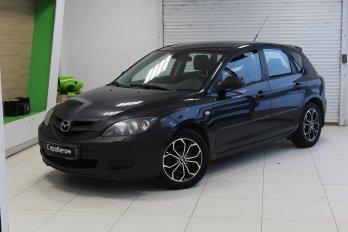 Mazda 3 1.6 л (105 л. с.)