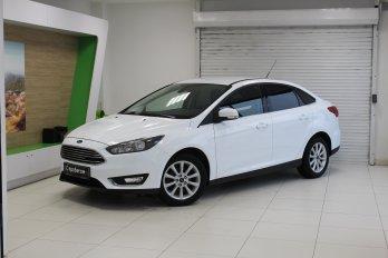 Ford Focus 1.6 л (125 л. с.)