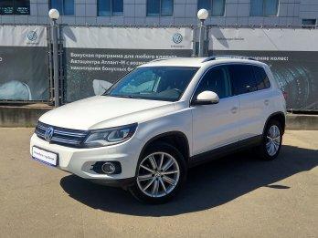 Volkswagen Tiguan 2.0 л (140 л. с.)
