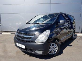 Hyundai Grand Starex 2.5 л (145 л. с.)