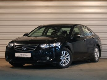 Honda Accord 2.4 л (200 л. с.)