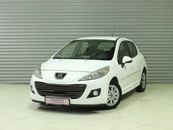 Peugeot 207 1.4 л (90 л. с.)
